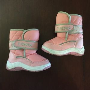 Tundra Snow Boots (toddler 6, M)